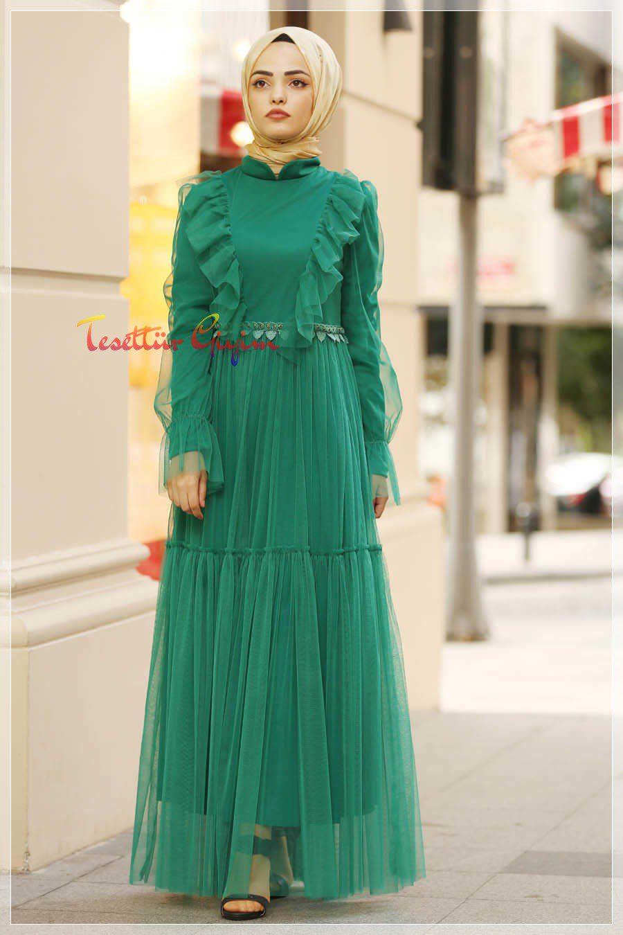 detaylı yeşil tesettür elbise