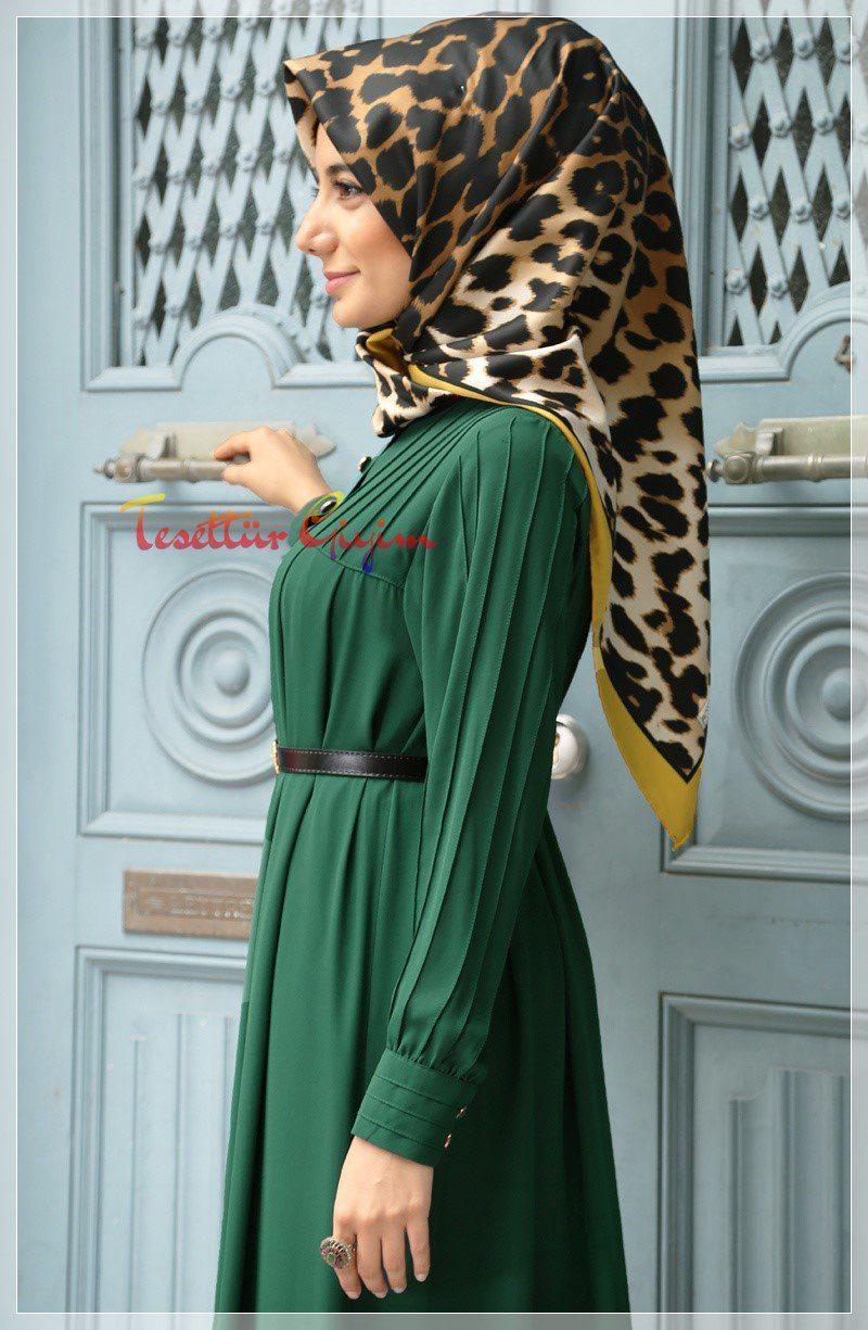 robalı nervürlü yeşil tesettür elbise modelleri