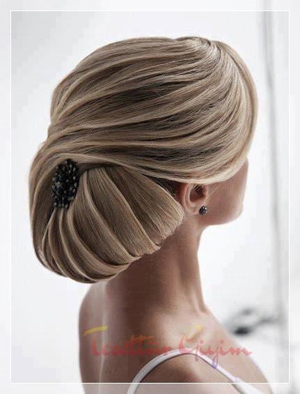 Ensede Topuz Gelin Saçı ve Örgülü Ense Topuzu Gelin Saçı Modelleri