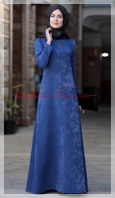 mavi şık tesettür kadife elbiseler