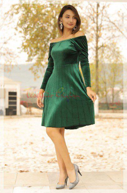 Green Velvet Dress model