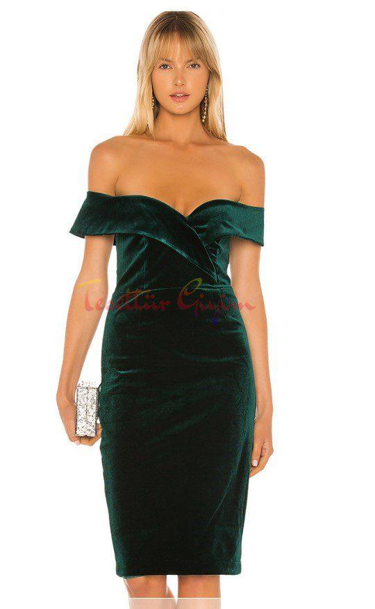 dekolteli Yeşil Kadife Elbise Modelleri
