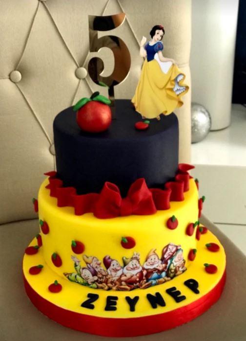 Şeker Hamuru Pamuk Prenses Pasta Örneği