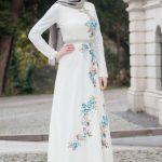 Açık Gri Şal Beyaz Elbise
