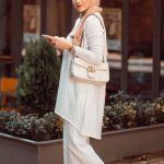 Beyaz Elbise Camel Şal