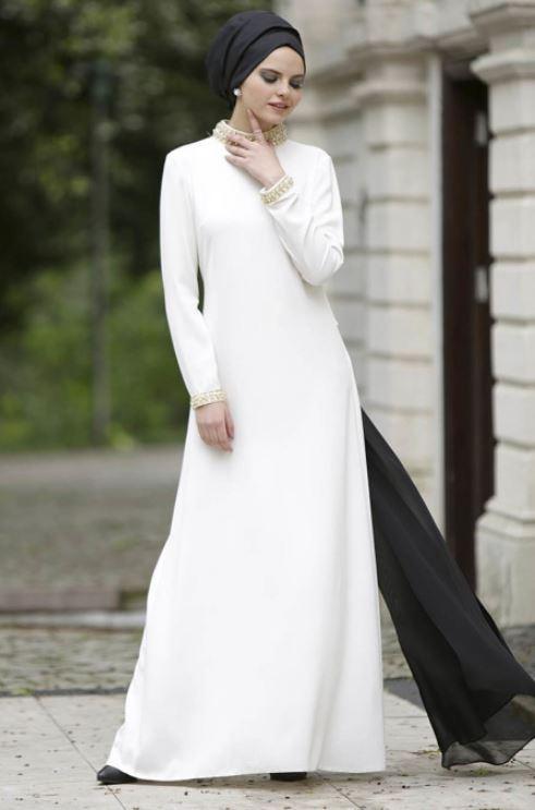 Beyaz Elbise Siyah Şal