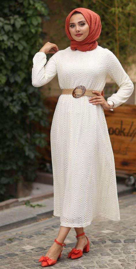 Gül Kurusu Şal Beyaz Elbise