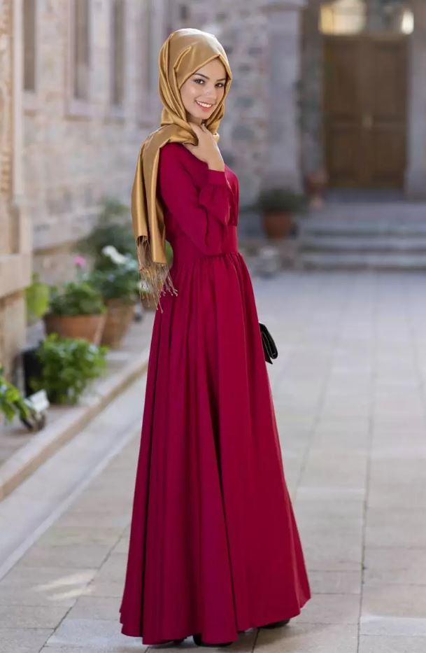 Beli İnce Olanlara Kırmızı Tesettür Elbise
