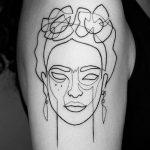 Frida Kahlo Minimal Dövme