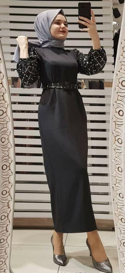 Siyah Uzun Tesettür Elbise Modeli