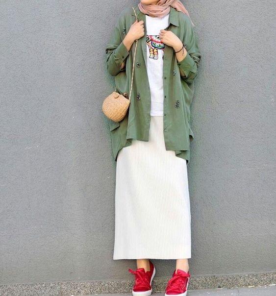 Tesettüre Uygun Kışlık Elbise kombini