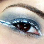 Açık Mavi Salsa Makyajı