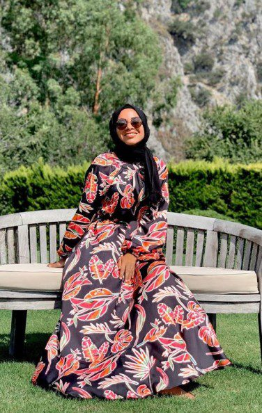 Ebru Sever Türk Çiçekli Elbise