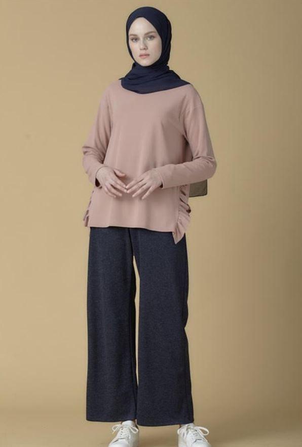 Gül Kurusu Yanları Fırfır Detaylı Bluz Modeli