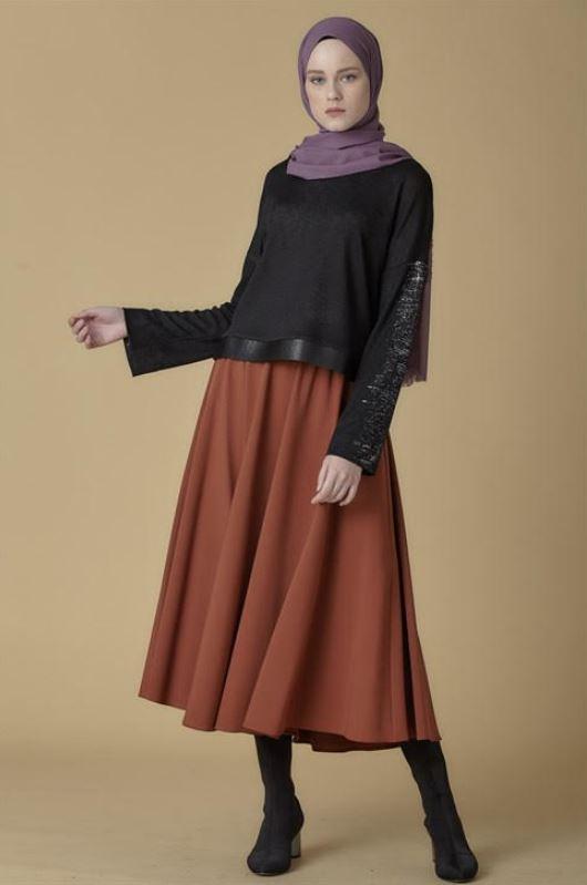 Siyah Pul Payet Kol Detaylı Salaş Bluz Modeli