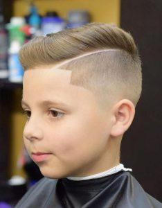 Erkek Çocuk Çizgili Saç Modeli