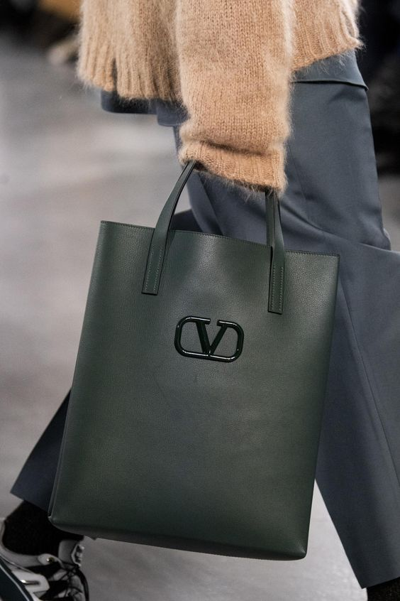 yeşil dikdörtgen bayan çanta modeli 2020