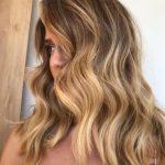 Açık Bal Köpüğü Saç Rengi