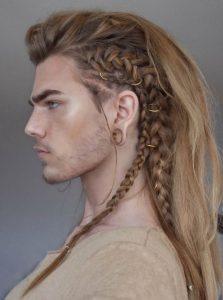 Uzun Yenilikçi Saç Stili