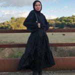 Çizmeli Tesettür Siyah Elbise Kombini