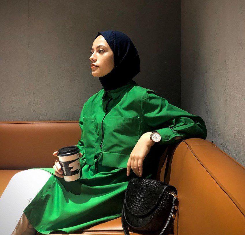 Ayşenur Coşkun Yeşil Tunik Kombini