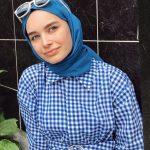 Elif Sezer Kareli Elbise Modeli