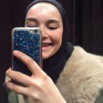 Elif Sezer Mont ve Siyah Şal