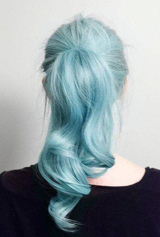 Farklı Açık Mavi Saç Tarzı