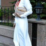 Tesettür Beyaz Bayramlık Elbise