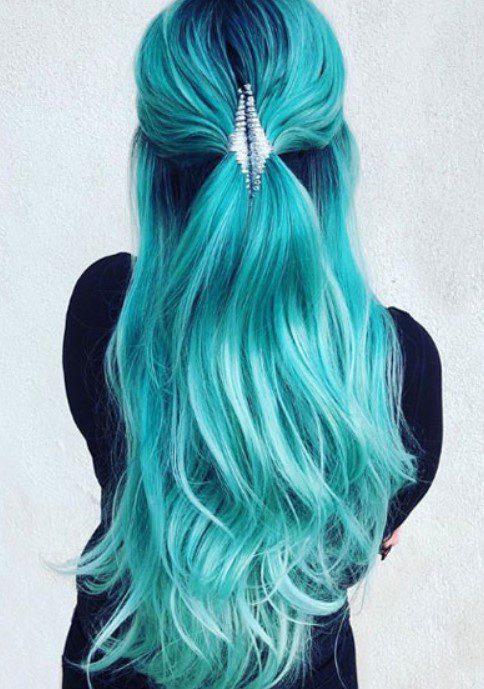 Turkuaz Mavisi Saç Rengi