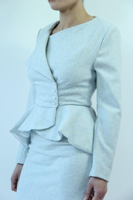çok tarz yandan düğmeli peplum ceket modeli