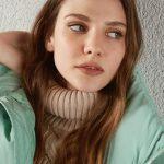 Alina Boz Düz Saç Modeli