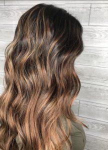 Balyaj Uygulamalı Fındık Kabuğu Saç Rengi