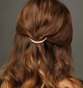 Dalgalı Fındık Kabuğu Saç Rengi