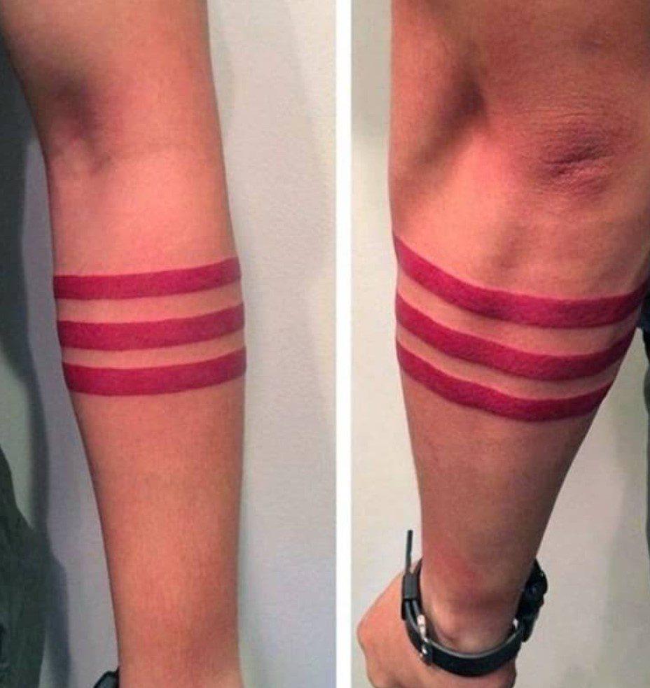 Erkek Renkli Şerit Dövme Modeli
