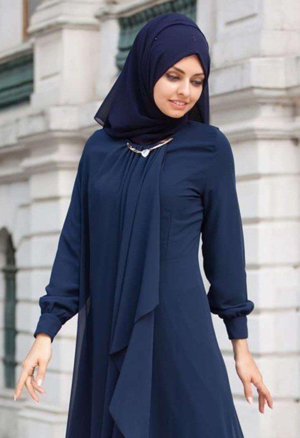 Lacivert Elbise ile Kombin Yapılacak Şal Önerileri