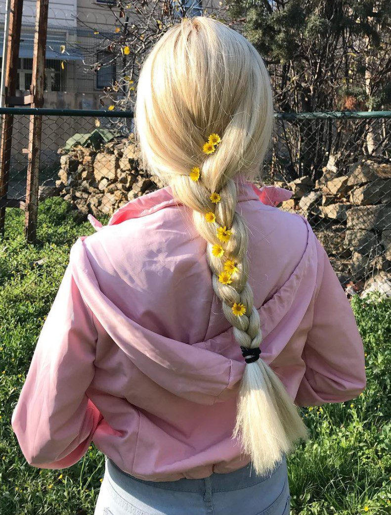 Özgür Balakar Örgü Saçları