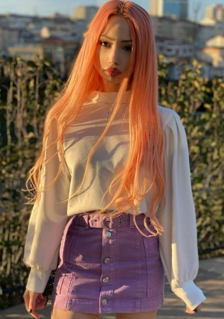 Ayda Kutay Saç Rengi