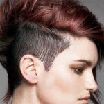 Yanlar Kısa Üstler Uzun Kızıl Saç