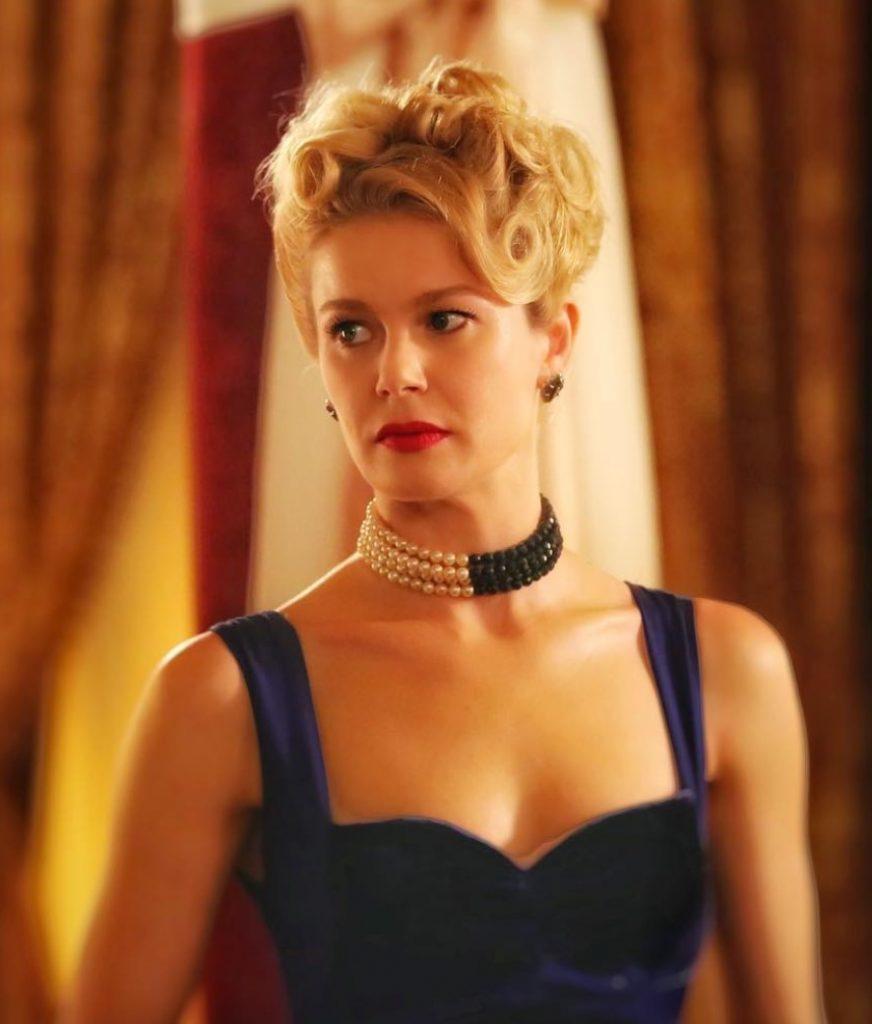 Burcu Biricik Lacivert Elbise Modeli