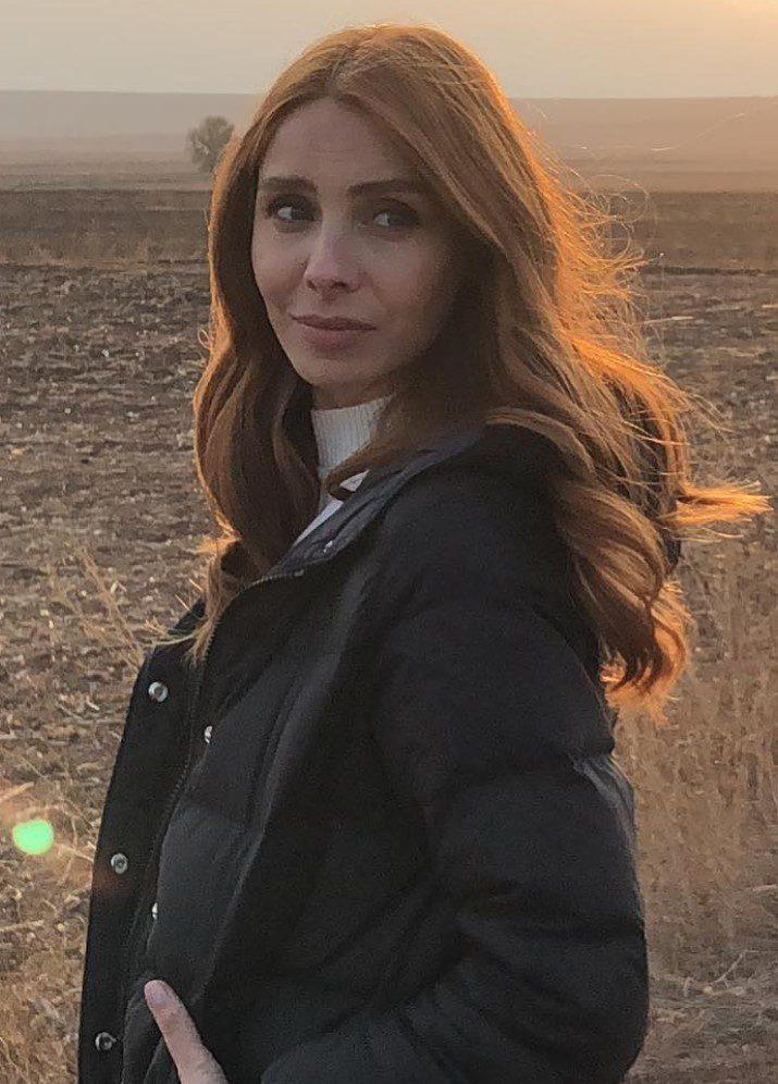 Nur Fettahoğlu Dalgalı Saç Modeli