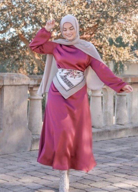 Şifon Kumaş Tesettür Elbise Modeli