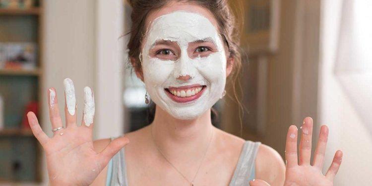 Evde Cilt Bakım Maskesi Nasıl Yapılır