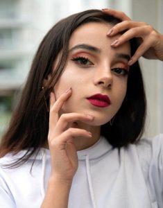 Yeliz Korkmaz Makyaj Modeli