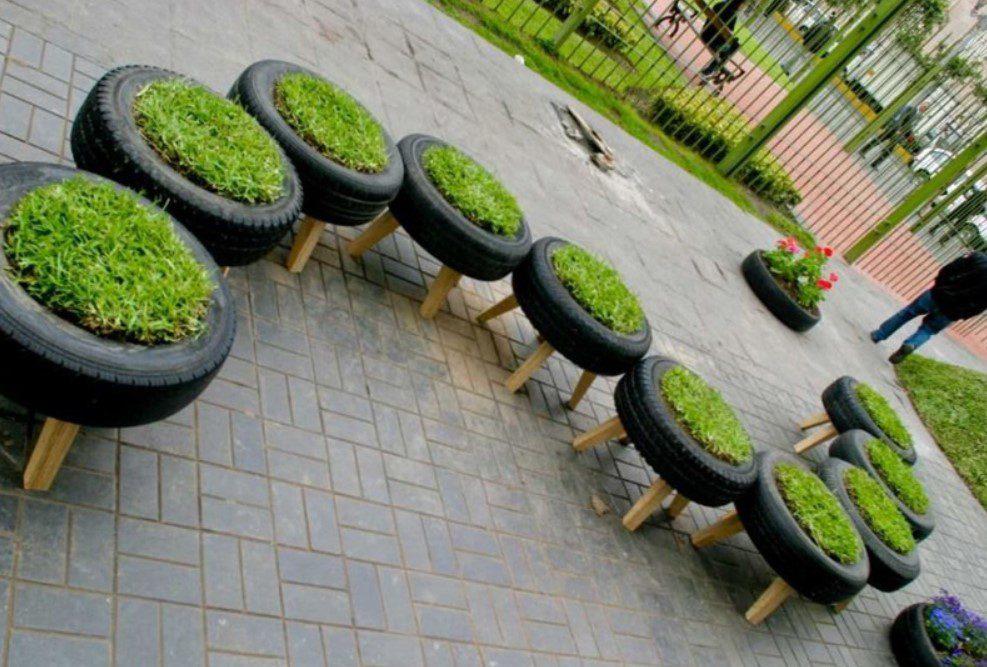 Bahçe Dekorasyon Lastik Saksı