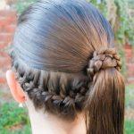 Ense Örgülü Kız Çocuğu Saç Modeli