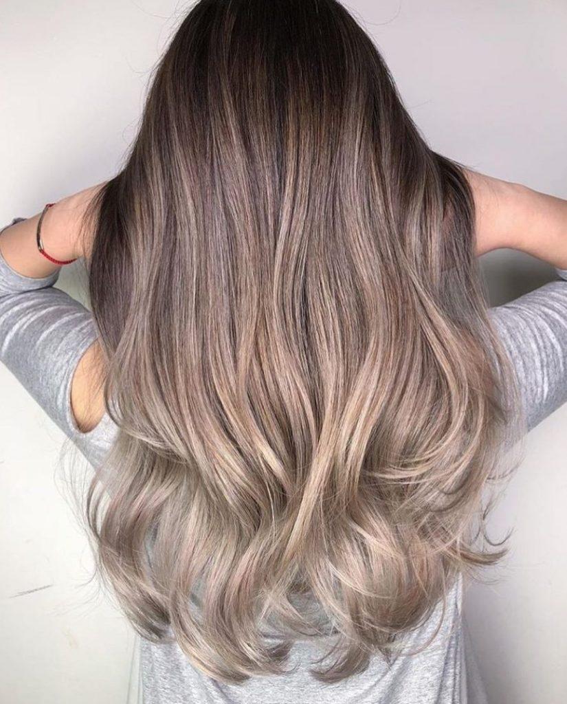 Uçları Açık Rus Kumralı Saç Rengi