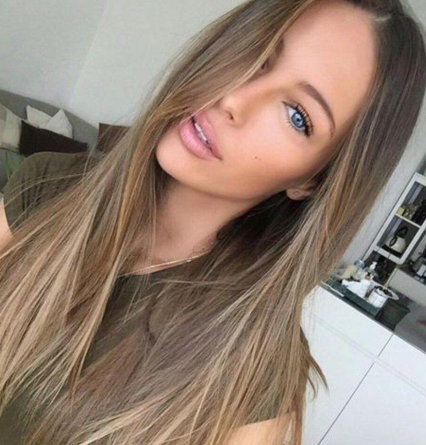 Açık Kum Beji Saç Rengi ve Stili