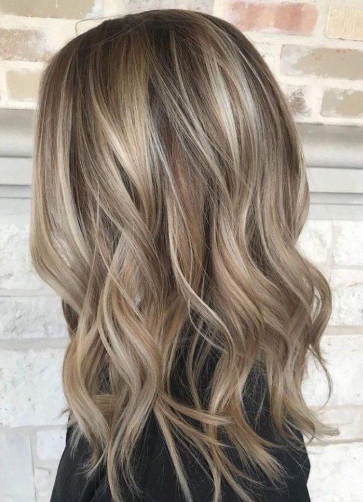 Açık kumral Saç Rengi Kimlere Yakışır