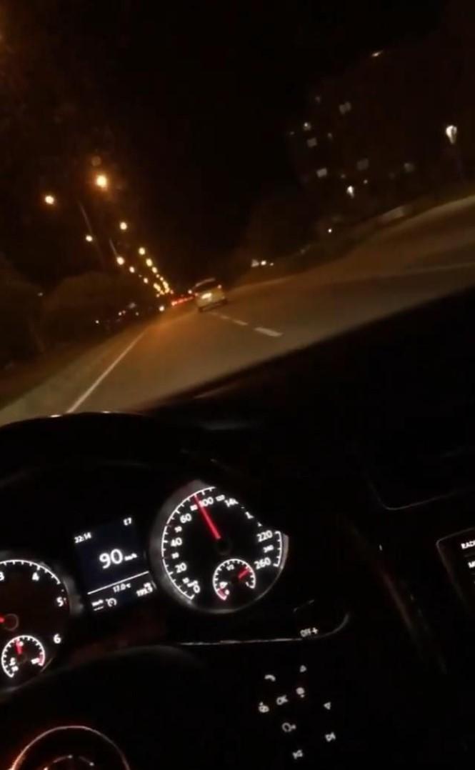 Fake Araba Story Gece görsel